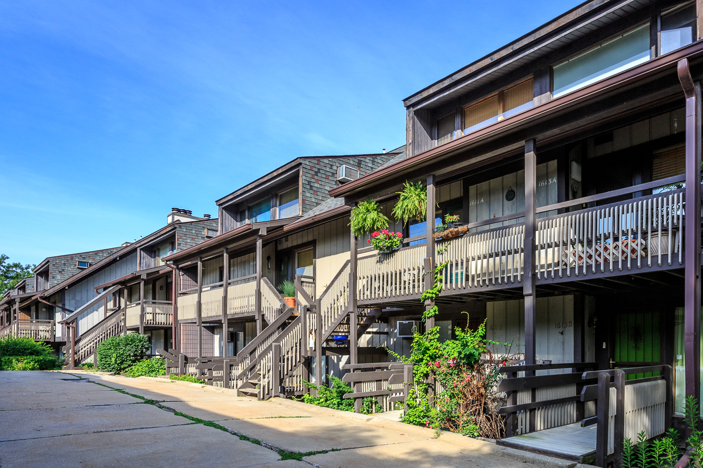 Timber Top Apartments & Townhomes - Timber Top Apartments & Townhomes